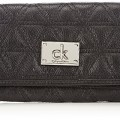 Calvin-Klein-Jeans-Embroidery-2-Large-Trifold-Portefeuille-femme-Noir-Metallic-Black-074-20x12x2-cm-B-x-H-x-T-0